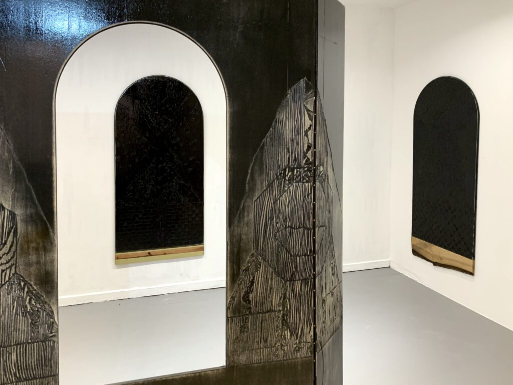 brunhilde bordeaux-groult wooden paintings at wildpalms gallery dc open düsseldorf